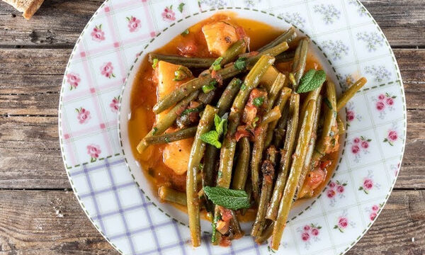 Η συνταγή του Άκη για τα πιο νόστιμα φασολάκια λαδερά