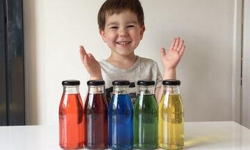 Το νερό που αλλάζει χρώμα: Ένα εύκολο και εντυπωσιακό παιχνίδι για παιδιά