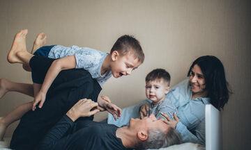 Όταν οι γονείς θέλουν να ελέγχουν τα παιδιά - Ποιες είναι οι επιπτώσεις;