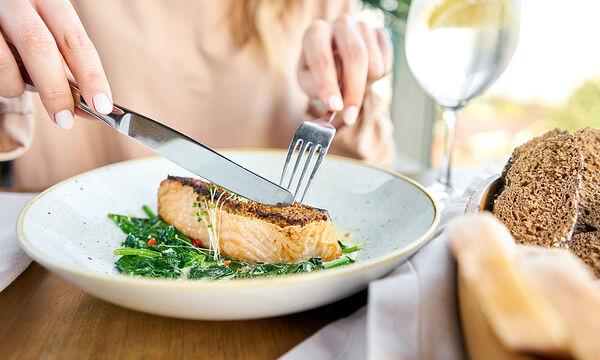 Επτά εύκολες συνταγές με ψάρι - Ιδανικές για απώλεια βάρους (vid)