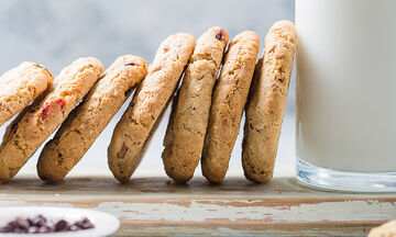 Μπισκότα με βρώμη για παιδιά - Τρεις υγιεινές συνταγές με 4 μόνο υλικά