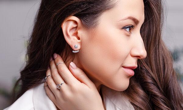 Tips για μαμάδες: Έτσι θα καθαρίσετε τα ασημένια σας κοσμήματα