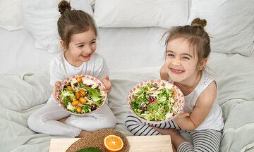Πώς θα μάθουν τα παιδιά να τρώνε σωστά και υγιεινά