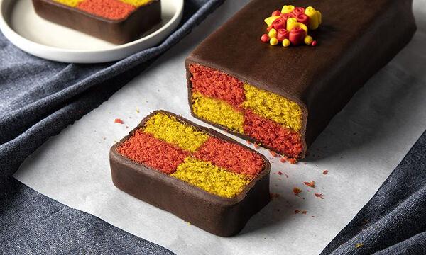 Δίχρωμο κέικ με ζαχαρόπαστα - Τα παιδιά θα το λατρέψουν