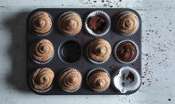 Λαχταριστά cupcakes για παιδιά με τέσσερα μόνο υλικά