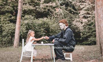 Αυτό το κορίτσι φωτογραφήθηκε με τον Michael Myers & οι φώτο δίχασαν