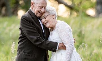 Ζευγάρι γιόρτασε την 60η επέτειο γάμου του με μια μοναδική φωτογράφιση