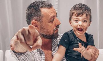 Παπαγιάννης: Ο γιος του κλέβει ξανά την παράσταση στις νέες φωτογραφίες του