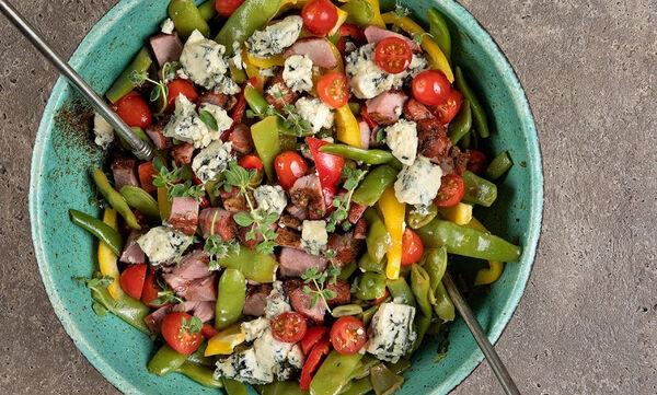Φθινοπωρινή σαλάτα με φασολάκια από τον Άκη Πετρετζίκη