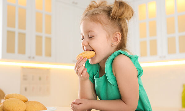 Μπισκότα καρύδας χωρίς αβγά (vid)