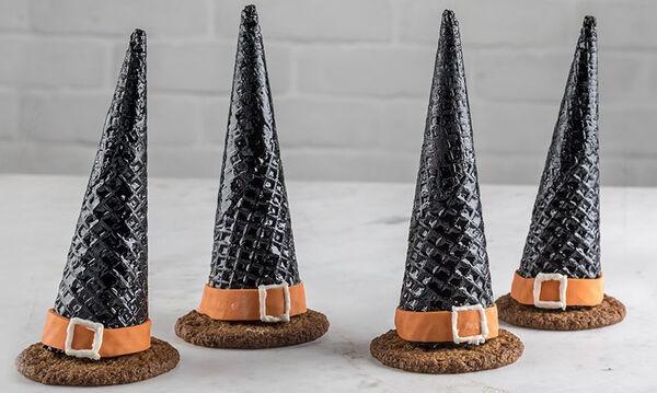 Φτιάξτε πανεύκολα αυτά τα καπέλα μάγισσας γεμιστά με σοκολάτα