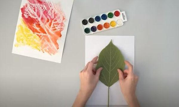 Χειροτεχνίες για παιδιά: Πέντε εντυπωσιακές ζωγραφιές με φύλλα δέντρων