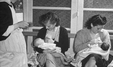 Ο μητρικός θηλασμός στο πέρασμα των χρόνων - Δείτε φωτογραφίες