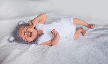 Οι πρώτες μέρες με το νεογέννητο: Γιατί κλαίει το μωρό σας
