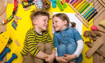 Lockdown: Τι να κάνετε τα απογεύματα με τα παιδιά στο σπίτι