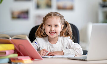 Πώς η εξ αποστάσεως εκπαίδευση θα γίνει πιο εύκολη για όλη την οικογένεια