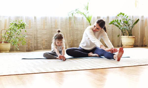 Γυμναστική στο σπίτι: Κάντε αυτό το 20λεπτο πρόγραμμα χωρίς εξοπλισμό