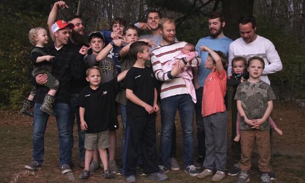 Μετά από 14 γιους επιτέλους απέκτησαν μια κόρη (pics)
