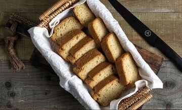 Εύκολο και γρήγορο ψωμί με μπύρα από τον Άκη Πετρετζίκη
