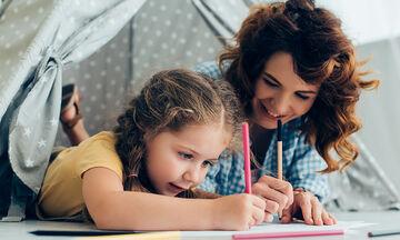 Νέα καραντίνα: Πώς την περνάω δημιουργικά με το παιδί μου
