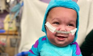 Υπέροχες φωτογραφίες πρόωρων μωρών κάνουν το γύρο του διαδικτύου (pics)