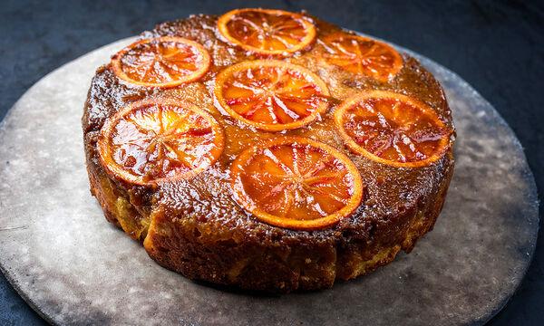 Αφράτο κέικ με ροδέλες πορτοκαλιού χωρίς μίξερ