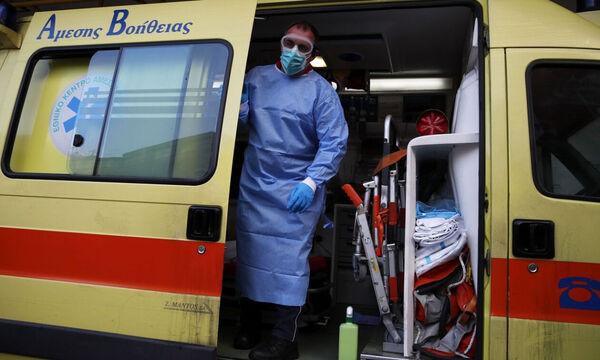 Κρούσματα σήμερα: 3.227 νέα και 59 θάνατοι την Πέμπτη 19/11 - Στους 499 οι διασωληνωμένοι