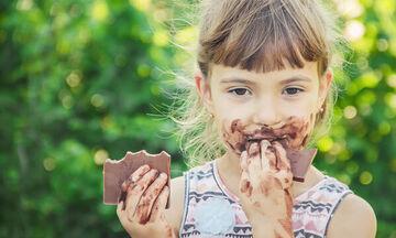 Τι προκαλεί η ζάχαρη στα παιδιά;
