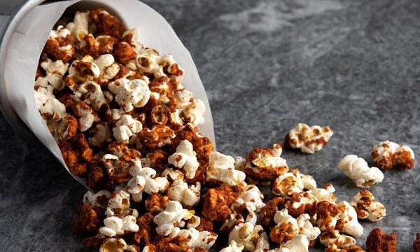 Καραμελωμένα pop corn που θα ξετρελάνουν τα παιδιά