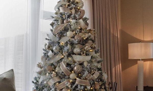 Πώς θα διακοσμήσεις ένα elegant χριστουγεννιάτικο δέντρο με κορδέλες
