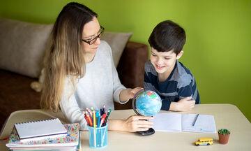 Σχολική μελέτη σε παιδιά με ΔΕΠ-Υ: Οδηγίες για γονείς
