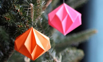 Χειροτεχνίες origami: Φτιάξτε χριστουγεννιάτικα στολίδια σε λίγα λεπτά