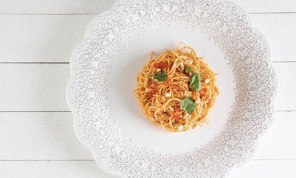 Νόστιμη και θρεπτική σαλάτα με καρότο και φιστικοβούτυρο