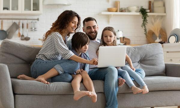 4 τρόποι για να ενισχύσετε το δέσιμο της οικογένειας εν μέσω καραντίνας