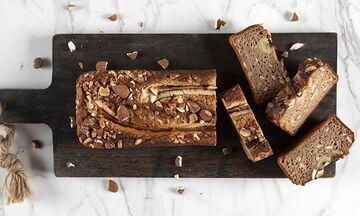 Κέικ μπανάνας: Πανεύκολο και υγιεινό κέικ για όλη την οικογένεια