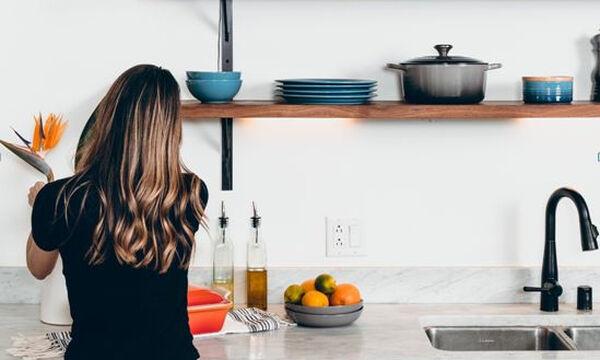 Πώς να απολαμβάνουμε στο σπίτι νόστιμα & υγιεινά γεύματα με ελάχιστα λιπαρά για όλη την οικογένεια;
