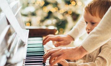 Δέκα χριστουγεννιάτικα τραγούδια για να ακούσετε σήμερα με τα παιδιά