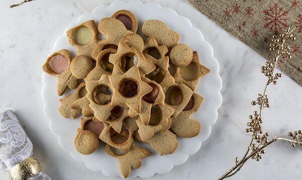 Εύκολα χριστουγεννιάτικα μπισκότα για να φτιάξετε μαζί με τα παιδιά