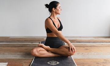 Με αυτό το πρόγραμμα stretching μια μαμά θα χαλαρώσει μέσα σε λίγα λεπτά