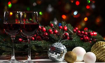 Tips για μαμάδες: 4 τρόποι για να εξαφανίσετε τον λεκέ από κόκκινο κρασί