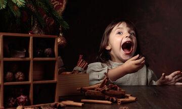 Χριστουγεννιάτικα τρουφάκια με 2 υλικά (vid)