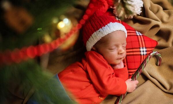 Πώς θα βάλετε το μωρό σας να κοιμηθεί όλο το βράδυ (vid)