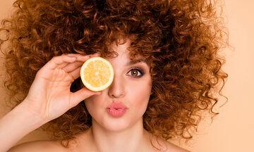 Tips για μαμάδες: Πέντε χρήσεις του λεμονιού στη ρουτίνα ομορφιάς