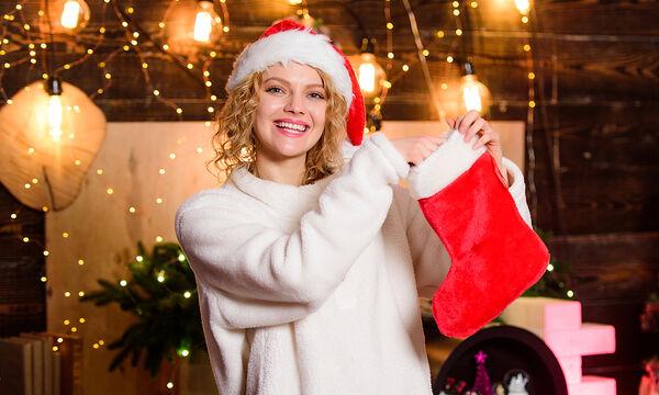 Φτιάξτε χριστουγεννιάτικες κάλτσες για το τζάκι ή την πόρτα (vid)