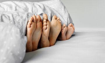 Πώς η πανδημία άλλαξε τη σεξουαλική ζωή των γονιών