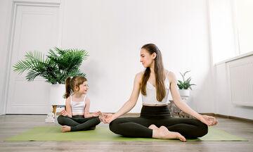 Γυμναστική για μαμάδες: Γιόγκα για αρχάριες (vid)