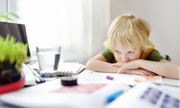 Κουρασμένα παιδιά: Ποια λάθη κάνουν οι γονείς στη διατροφή τους;