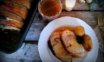 Συνταγή για το γιορτινό τραπέζι: Χοιρινό με δαμάσκηνα