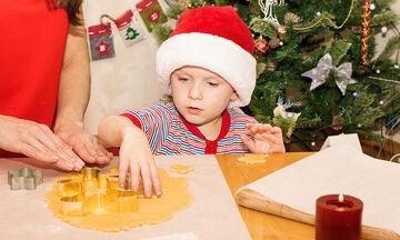 10 χριστουγεννιάτικες συνταγές με μπισκότα για να φτιάξετε με τα παιδιά σας