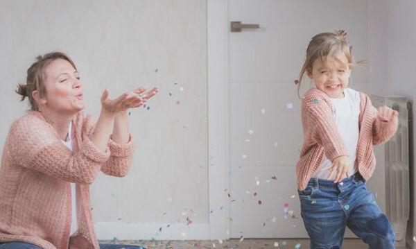 Φέτος τα παιδικά χαμόγελα φτιάχνονται με τη δύναμη των μαμάδων!